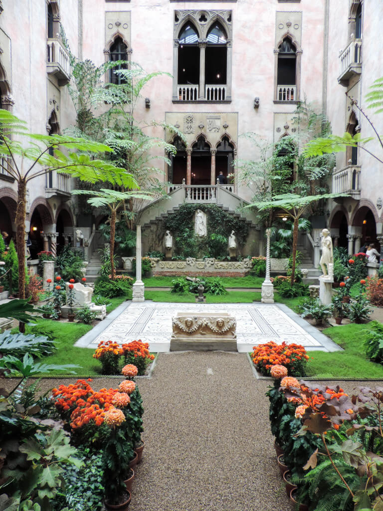 Boston Buzz-Isabella Stewart Gardner Musuem-Boston Chic Party-4