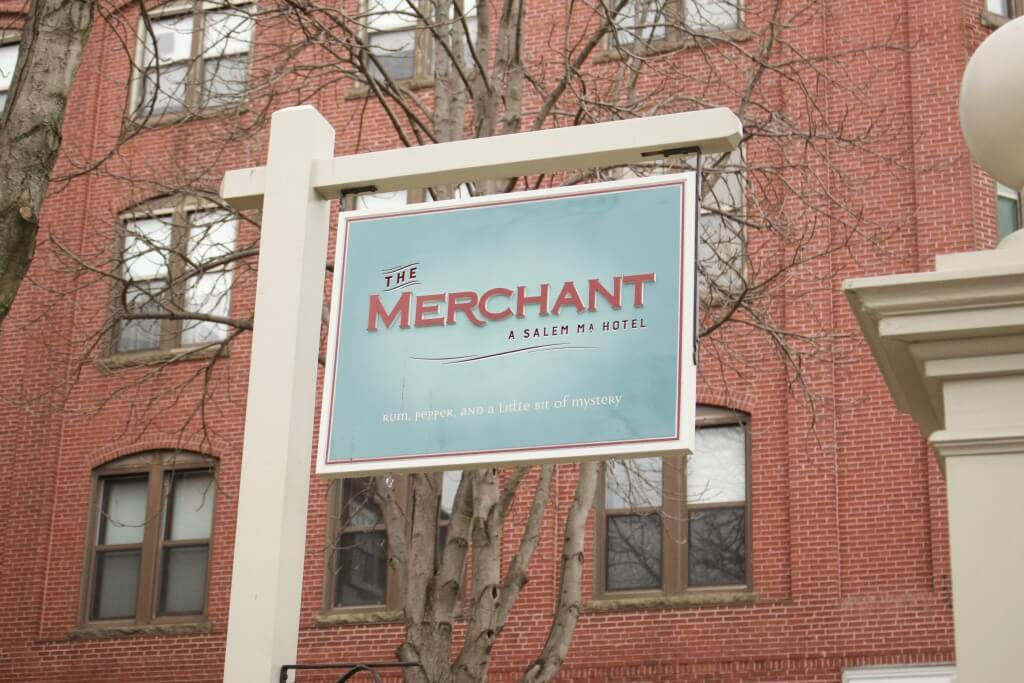 #onalark The Merchant Salem